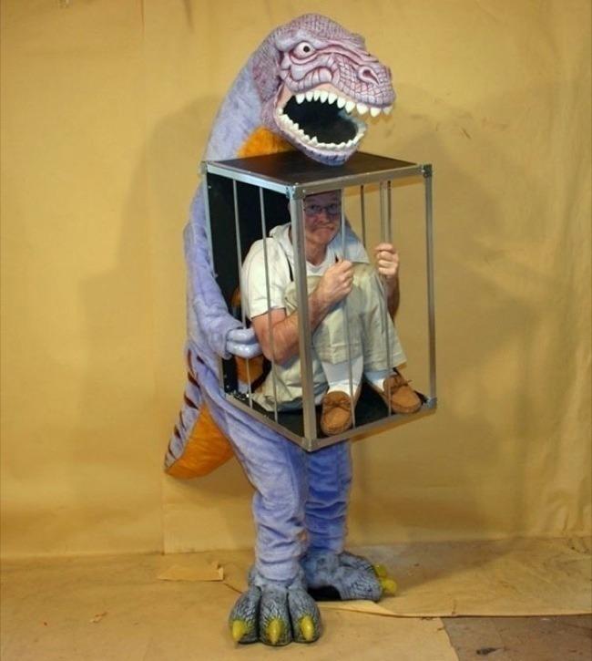 cage-costume