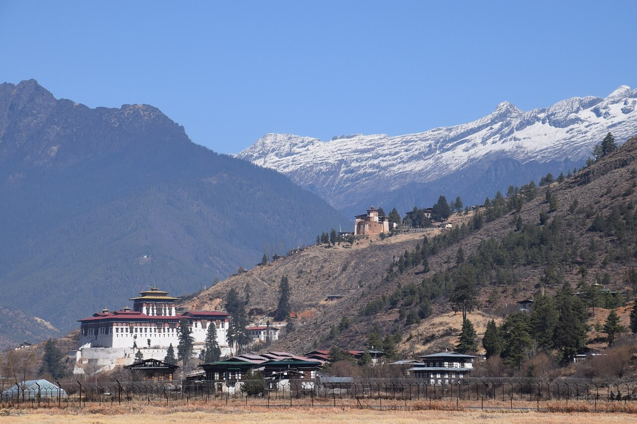 bhutan-mountains