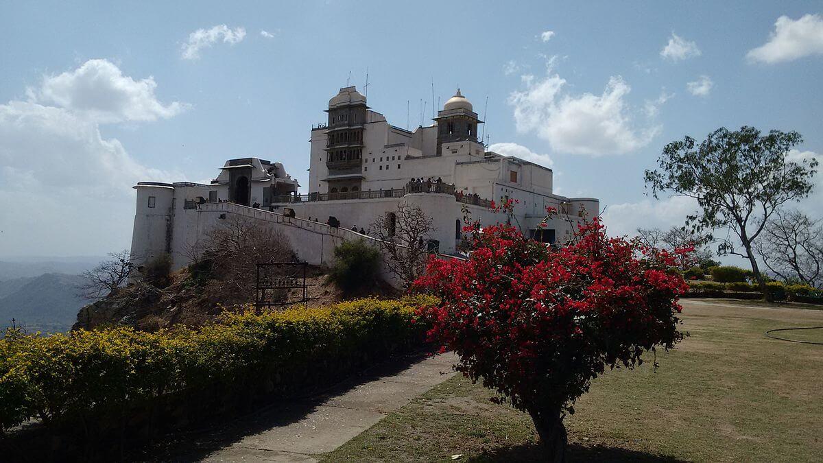 monsoon-palace-udaipur