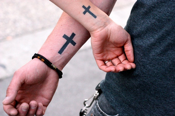 cross-tattoo-design-for-couple